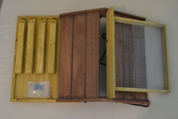 Wooden Bird Feeder for Australian wild birds Mansion Feeder studio parts